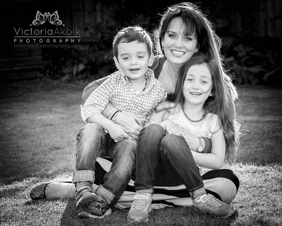 About Me | Abu Dhabi Lifestyle Family Photography » Victoria Akbik Photography